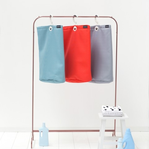 106064-105906-106088-Hanging-Laundry-Bag-Mint-Grey-Red-MOOD-03b